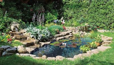 Jezírko jako originální prvek vaší zahrady